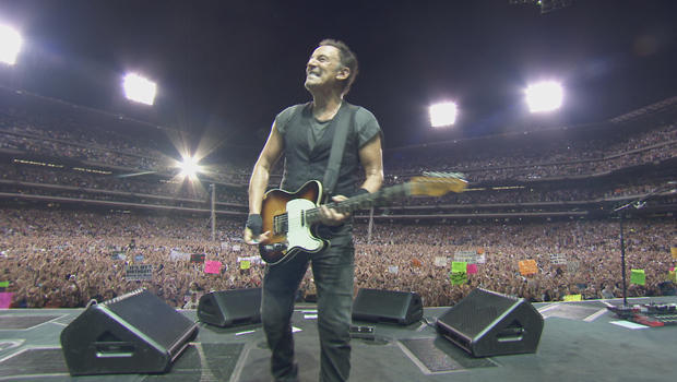 bruce-springsteen-on-stage-620.jpg