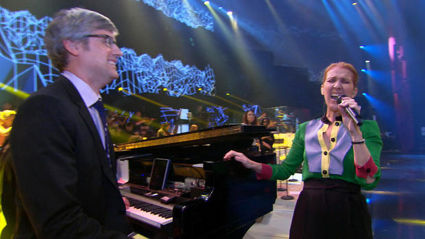 celine-dion-on-stage-with-mo-rocca-620.jpg