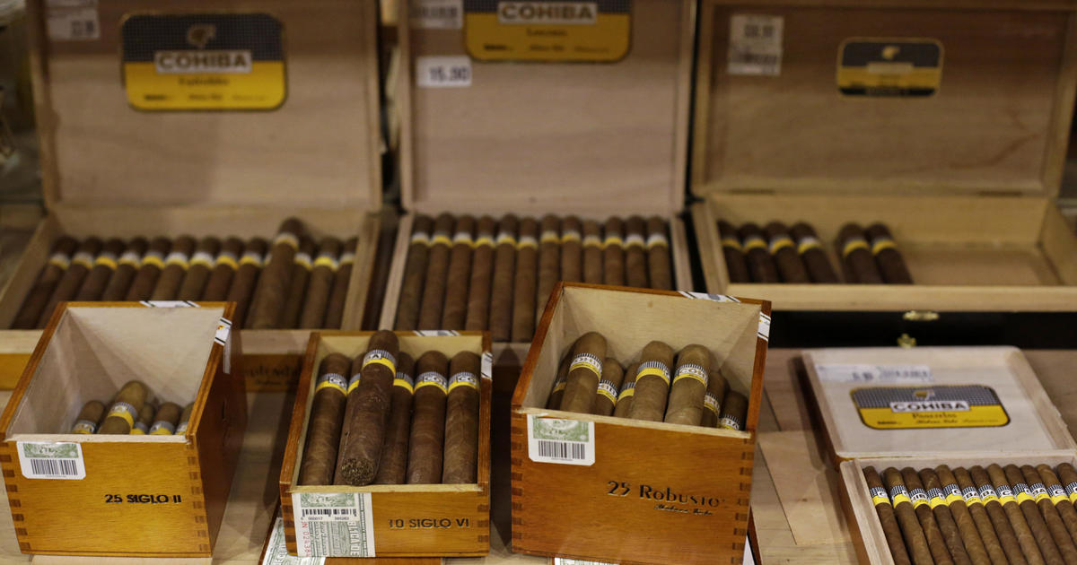 U S Ditches Limits On Bringing In Cuban Cigars Rum Cbs News