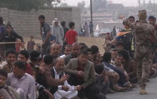 Refugees flee Mosul amid offensive against ISIS