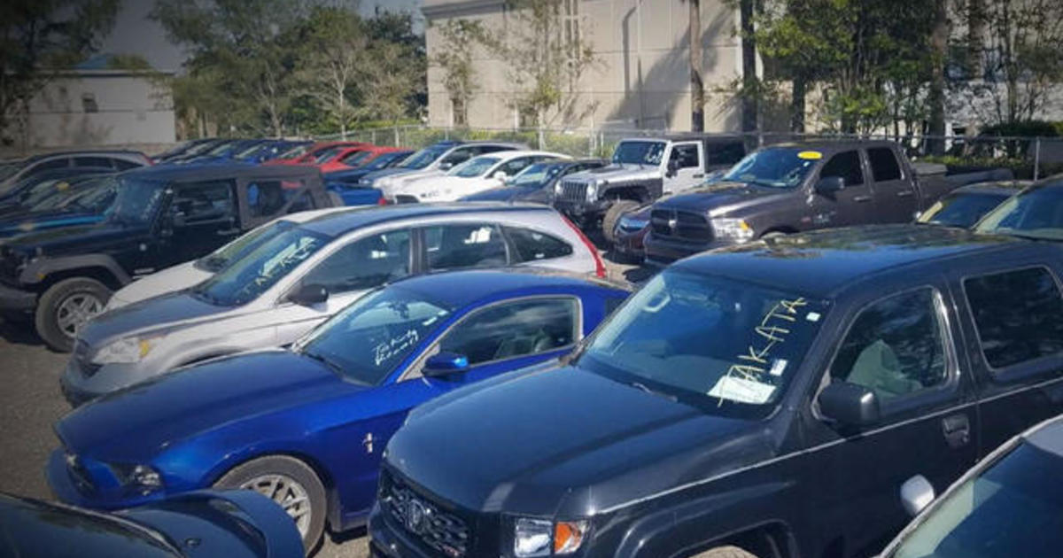 Auto Dealer Suing Compeor To Try Stop S Of Recalled Cars Cbs News