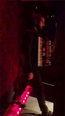 josh-groban-backstage-244.jpg