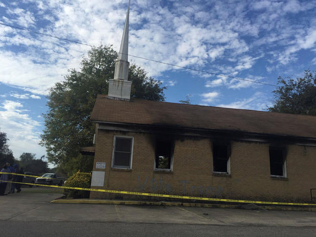 hopewell-baptist-church-burned-2016-11-11.jpg