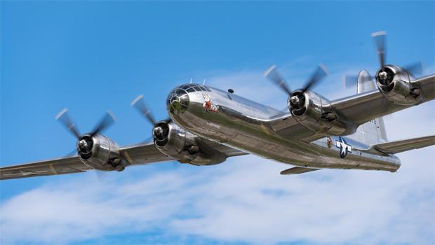 b-29-doc-in-flight-facebook-620.jpg