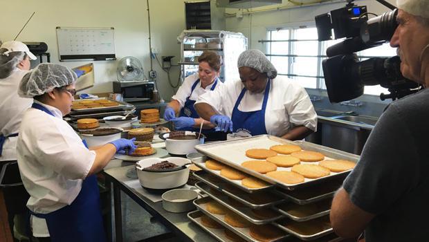 smith-island-baking-company-bakers-at-work-620.jpg