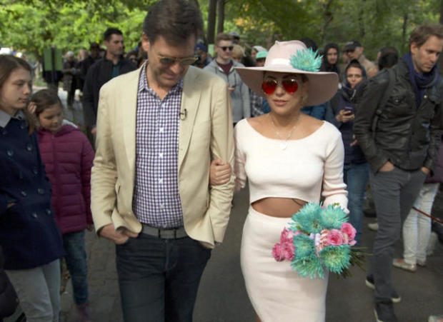 lady-gaga-lee-cowan-central-park-promo.jpg