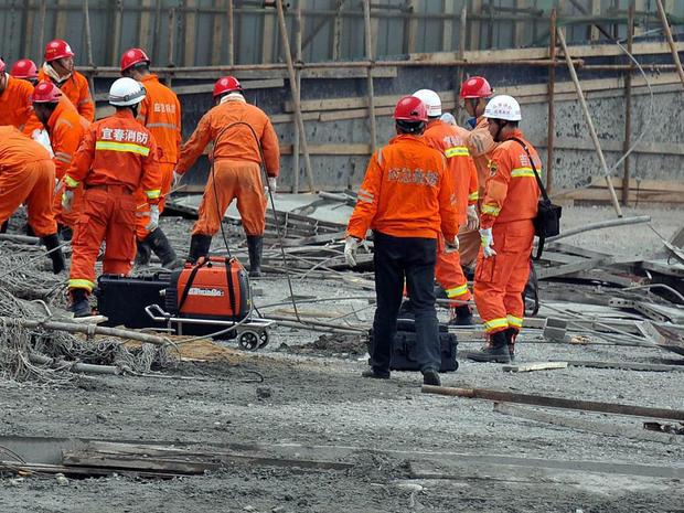 china-collapse-625447576.jpg
