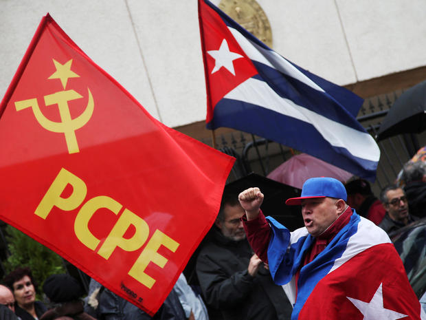 World reacts to death of Fidel Castro
