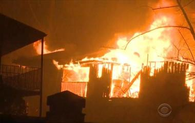 Death toll climbs after wildfires torch Tennessee