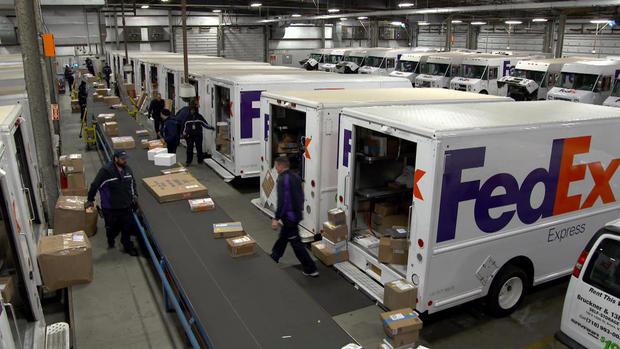 dahler-holiday-deliveries-121516en-transfer2.jpg