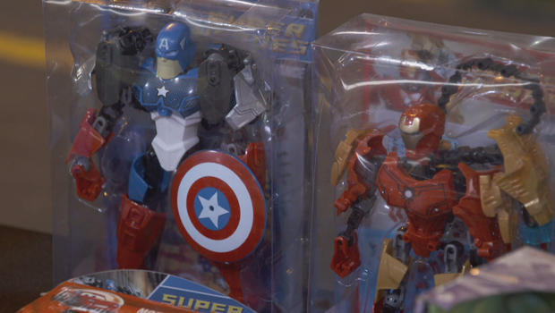 counterfeits-fake-avenger-dolls-620.jpg
