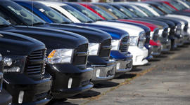 "Auto watchdog probes ""roll-away"" vehicles, and other MoneyWatch headlines"