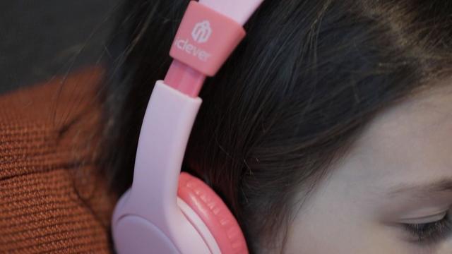 lapook-headphones-122216en-web.jpg