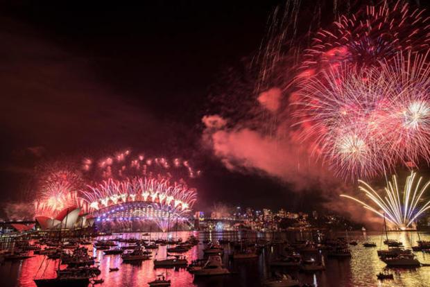 new-year-2017-getty-630717840.jpg