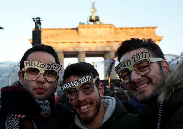 hello2017.jpg