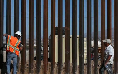 Trump says taxpayers will be reimbursed for Mexican border wall