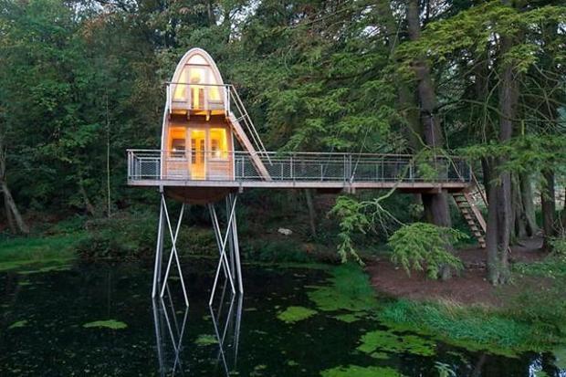 Wondrous 10 Unique Homes On Stilts Cbs News Interior Design Ideas Gentotryabchikinfo