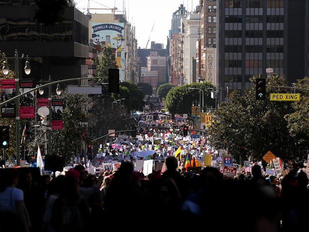 womens-march-los-angeles-getty-632316306.jpg