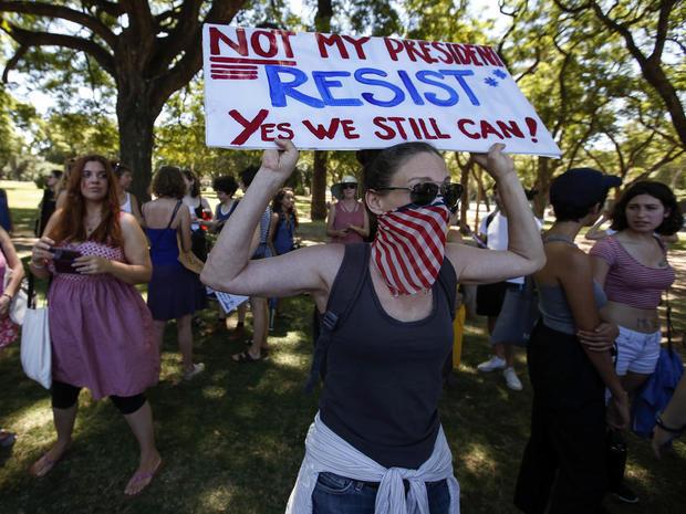 womens-march-argentina-ap-17021598775249.jpg