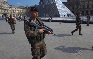 Paris on alert after attack at Louvre museum