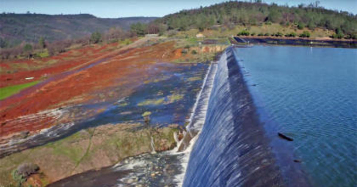 Oroville Dam: Water released over emergency spillway in Northern