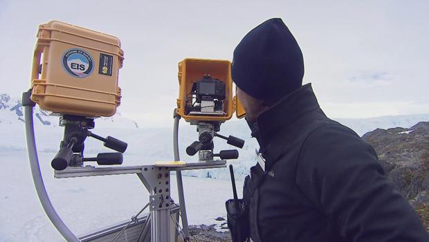 eis-antarctica-cameras-ice-shelf-620.jpg
