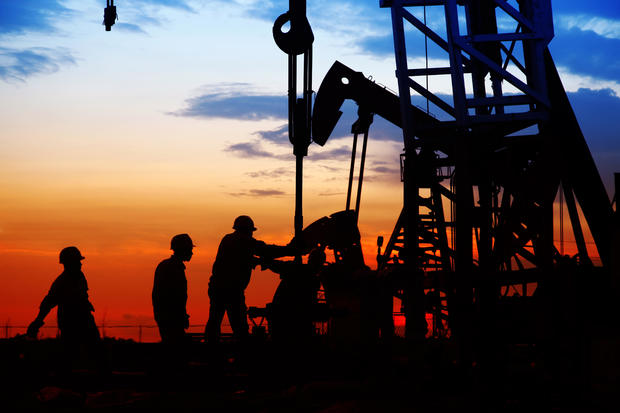 extraction-oil-drilling.jpg