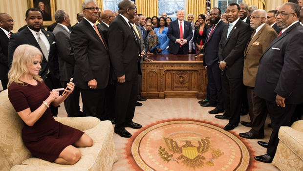 kellyanne-conway-oval-office-couch-620-getty-646021766.jpg
