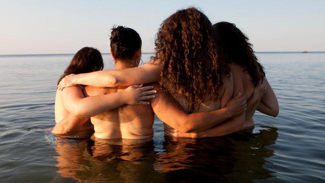 the-breast-and-the-sea-project-miana-jun-promo.jpg