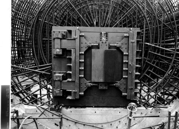 6a-photo-credit-state-historical-society-of-north-dakota-14-ton-blast-door-under-construction.jpg