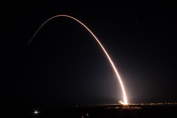 delta-4-rocket-launch-2017-3-18.jpg
