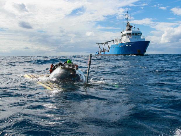 wwii-shipwreck-sub-dives.jpg
