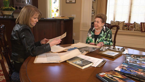 mary-higgins-clark-with-erin-moriarty-a-620.jpg