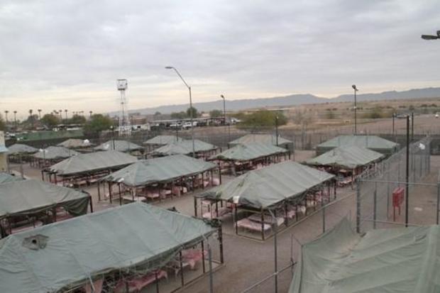 170404-maricopa-county-tent-city01.jpg
