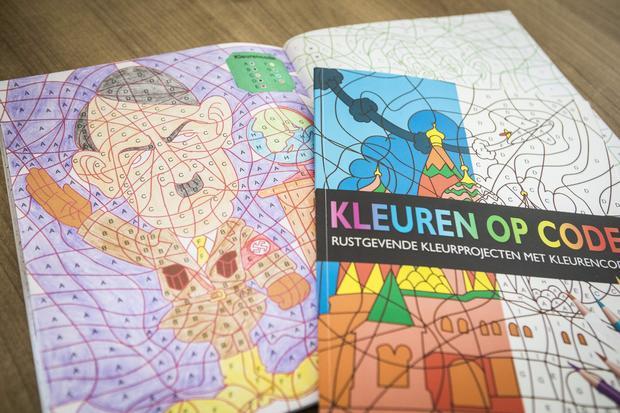 hitler-coloring-book-664897298.jpg