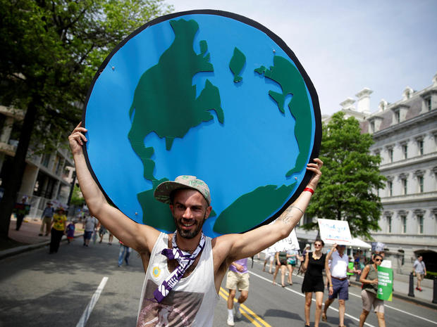 peoples-climate-march-2017-04-29t200632z-81893320-rc17f5b3cbb0-rtrmadp-3-usa-trump-protest.jpg