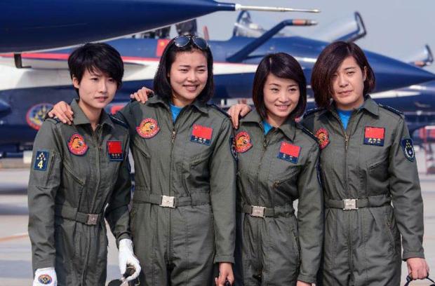 yu-xu-pilot-and-others.jpg