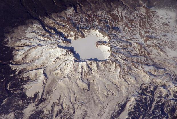 north-korea-mount-baekdu.jpg