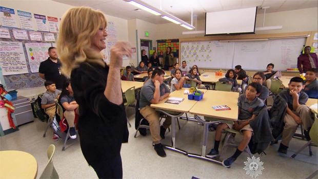 goldie-hawn-classroom-620.jpg