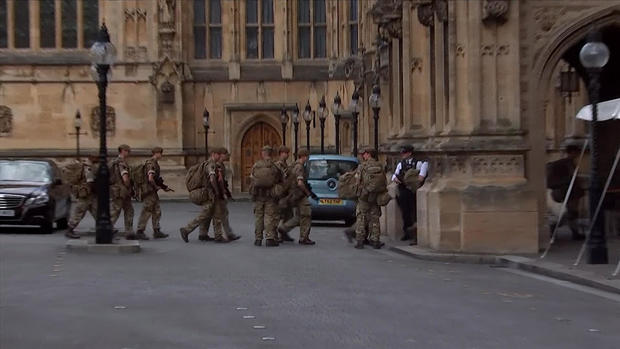 a9-doane-british-troops-transfer.jpg