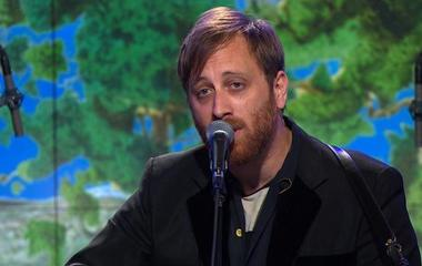 """Saturday Sessions: Dan Auerbach performs """"Never In My Wildest Dreams"""""""