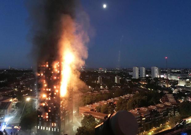 london-fire-kensington-grenfell-tower-695801008.jpg