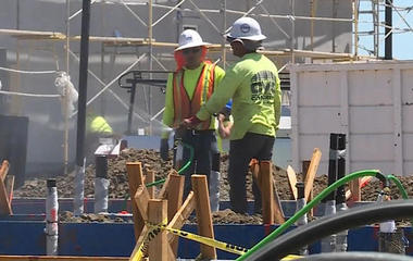 There's a construction worker shortage across the country