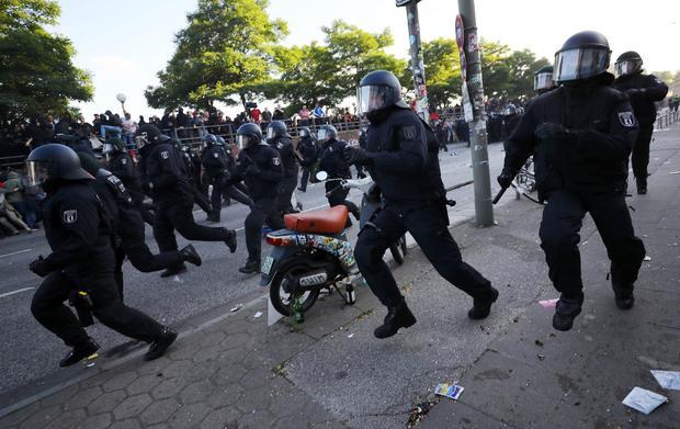2017-07-06t180139z-374509810-up1ed761e2q6b-rtrmadp-3-g20-germany-protest.jpg