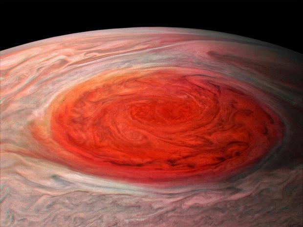 jupiter-great-red-spot-flyover-071017.jpg