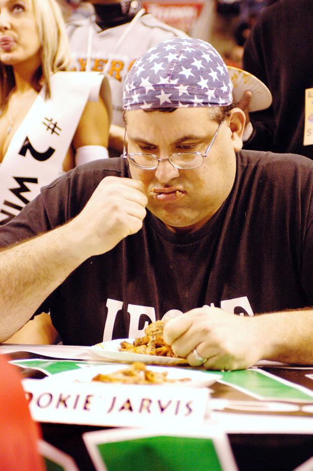 eating-gettyimages-2915194.jpg
