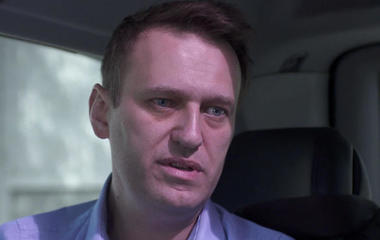 Russian opposition leader tells CBS News there's a 50/50 chance he ends up dead