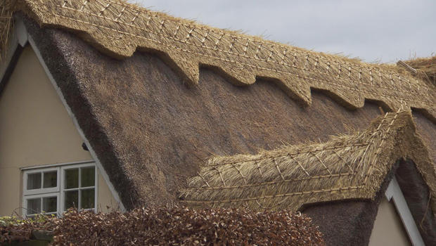 Everything Old Is New Again Thatched Roofs Cbs News
