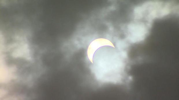 0821-eclipse-ny.jpg