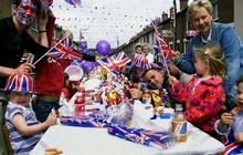 Britain kicks off Diamond Jubilee celebration